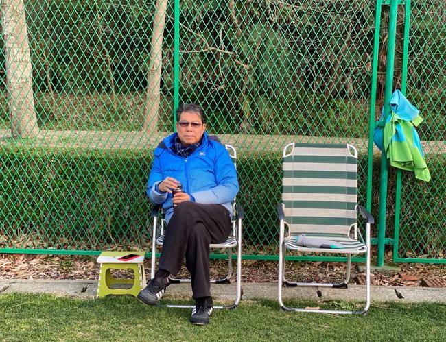 探访根宝基地:75岁老帅亲自示范 目标2030世界杯
