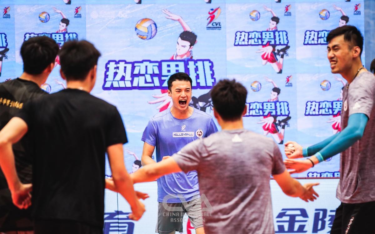 男排联赛13支参赛队摩拳擦掌 全华班竞争空前激烈