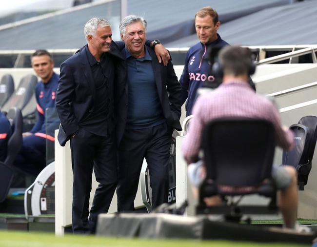 英超-热刺主场0-1埃弗顿 穆帅首轮不败遭安帅终结