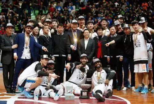 四川男篮曾经夺得CBA总冠军