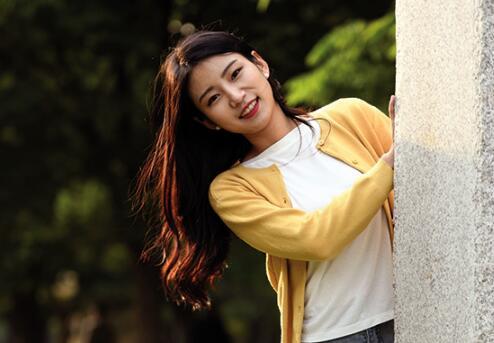 阳光可爱的围棋女主播,女子围棋联赛主持人张慧燕