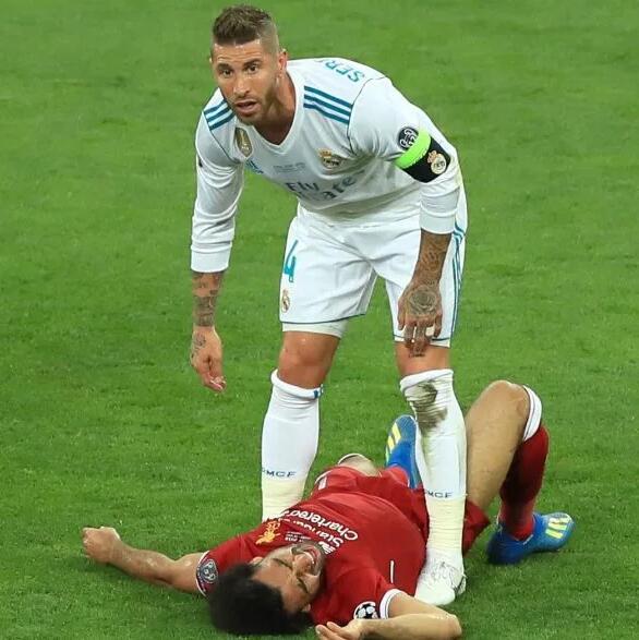 萨拉赫受伤