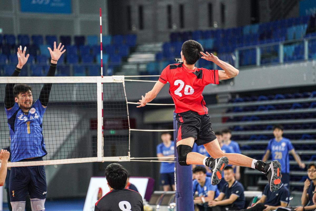 全运男排江门赛区第二日 联赛冠军北京0-3山东