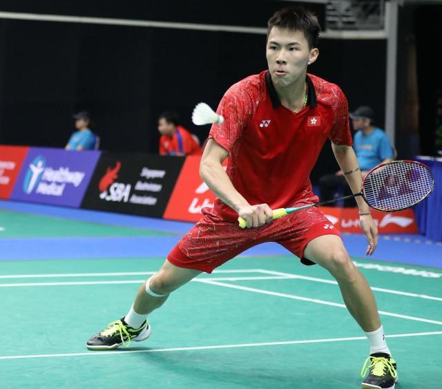 李卓耀2-1逆转击败金庭 夺香港赛男单冠军