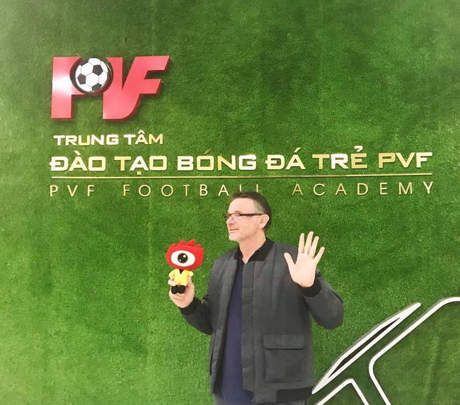 特鲁西埃:越南足球扎根青训 未来有机会进世界杯