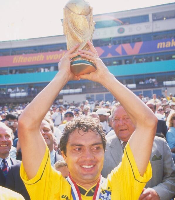 巴西世界杯冠军感染新冠死里逃生 一度用上呼吸机