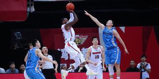 """京粤大战必出经典 中国篮球需要这样的""""宿敌"""""""