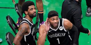 威少被扔爆米花欧文被水瓶爆头,NBA球迷这是怎么了?