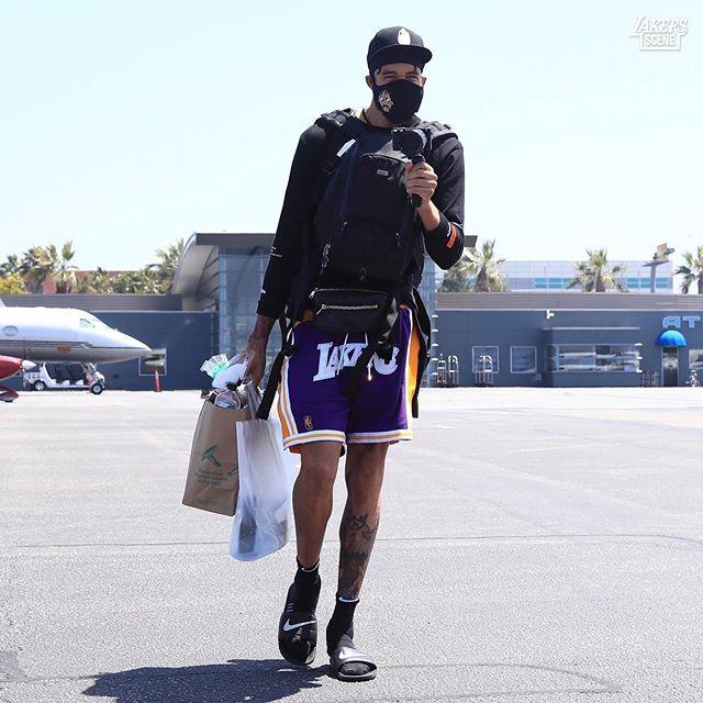 NBA防疫观:随便一块布=口罩 防护到位反成异类