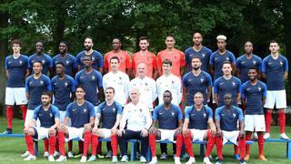 法国队拍摄全家福