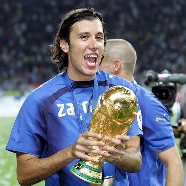 意大利又一世界杯冠军宣布退役 13年前随队捧杯