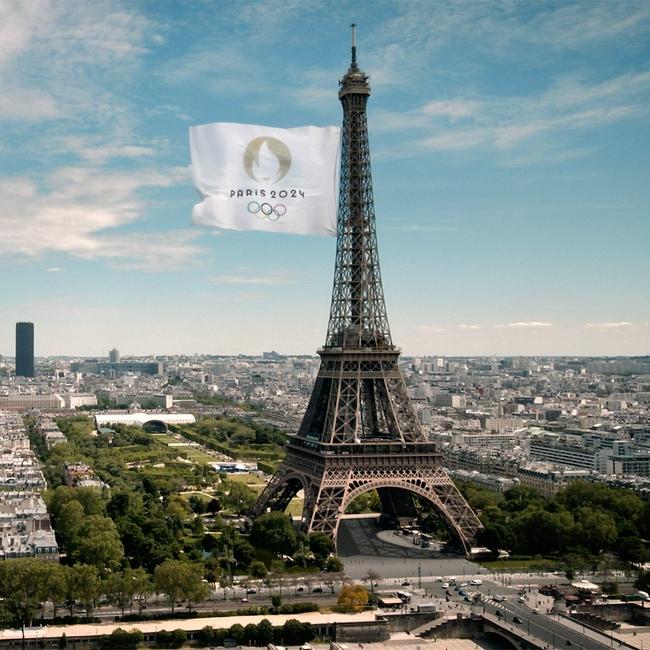 【博狗体育】巴黎8分钟开启全新模式 国际空间站奏响马赛曲