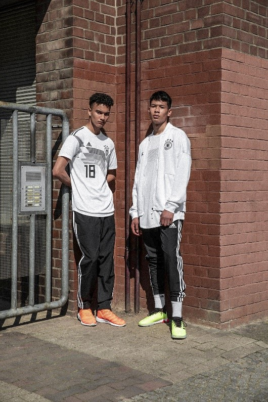 阿迪发布全新Primeknit版本德国队主场球衣
