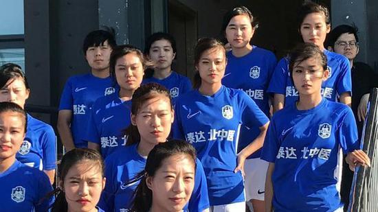 泰达女足队长来自北中医 双胞胎姐妹颜值高分不清