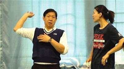 天津女排备战做足细节准备 杨艺:需提升自身实力