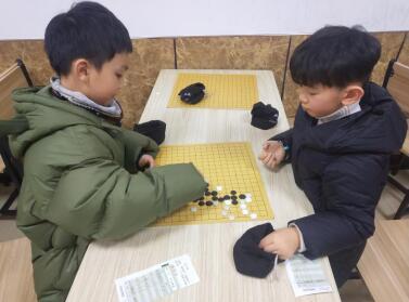 小棋手比赛现场
