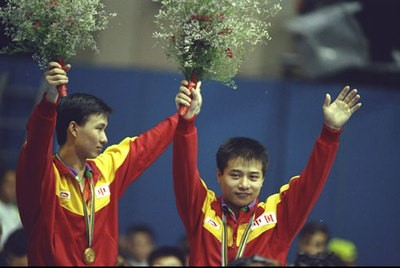 1992年巴塞罗那奥运会,身着李宁的中国军团开始在世界赛场崛起图片