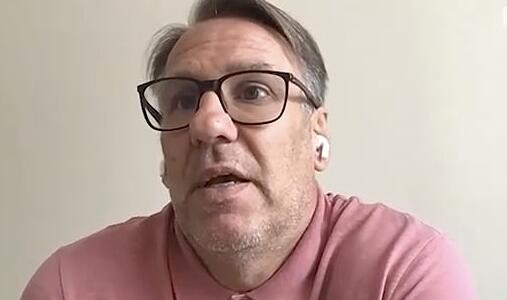 曼联遭质疑:买范德贝克饥不择食 难兼容B费博格巴