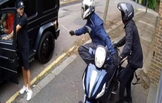 抢劫阿森纳双星劫匪被判刑 入狱6年总刑期18年