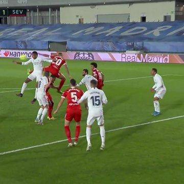西甲专家:取消明显点球改判可疑点球 VAR受损了