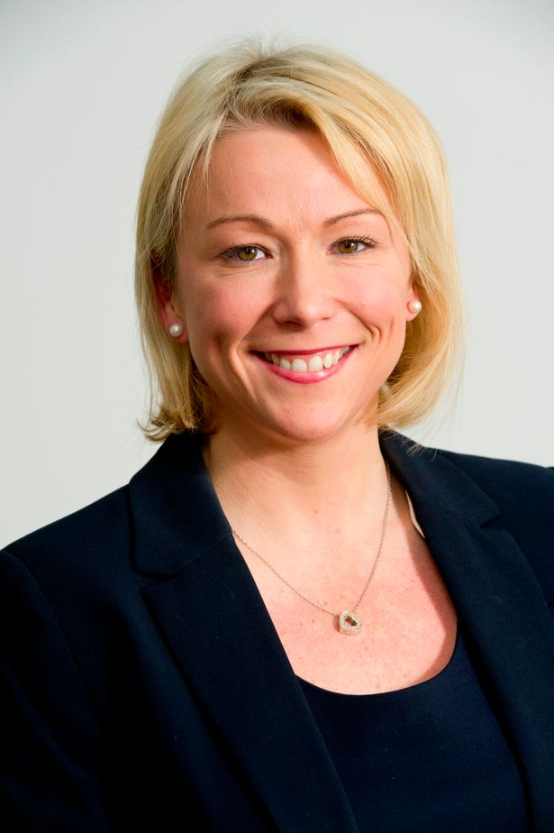英媒透曼联任命队史职位最高女性 将组建女队