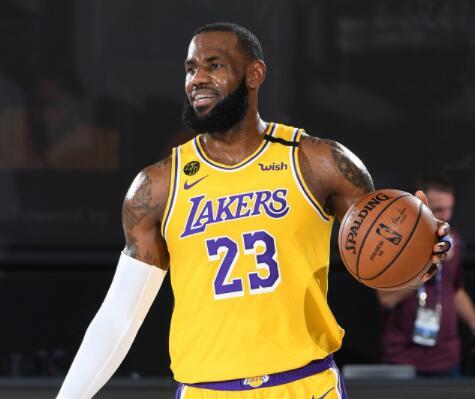 詹姆斯成NBA最强陪跑王! 下个任务辅助好浓眉?