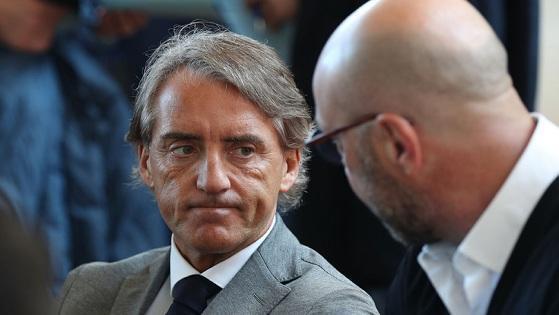 曼奇尼接手意大利队遭遇一个难题