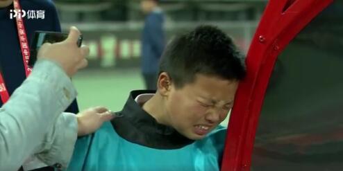 他洒泪 他痛心 他泪干 贵州降级他是最伤心的人