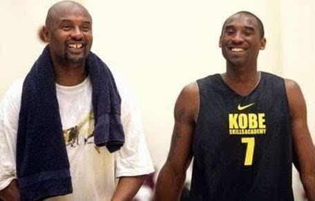 NBA四大父子档科比压过库里 未来要看布朗尼?