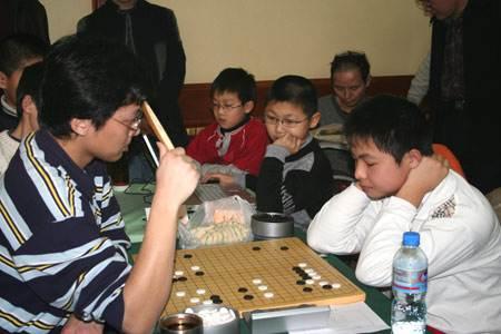 唐韦星胡煜清在晚报杯比赛中