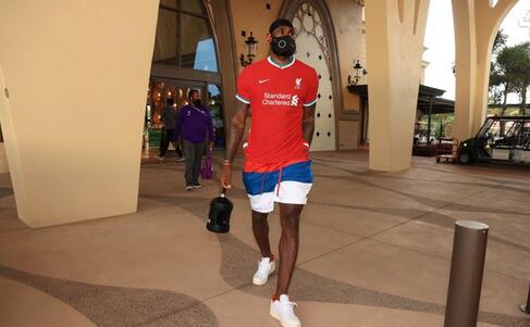 NBA巨星詹姆斯增持利物浦股份:红军让人心潮澎湃