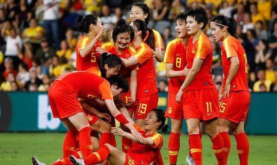 苟仲文表扬中国女足奥预赛:顽强拼搏 奋力争先