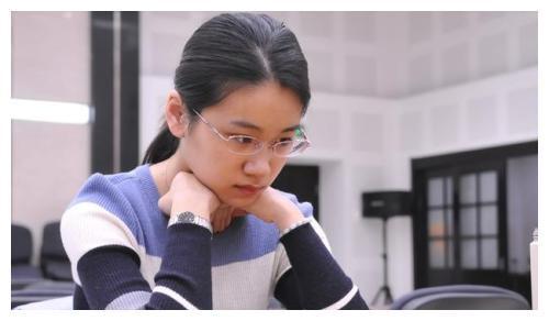 女甲热身赛第5轮对阵:於之莹-罗楚玥 王晨星-李赫