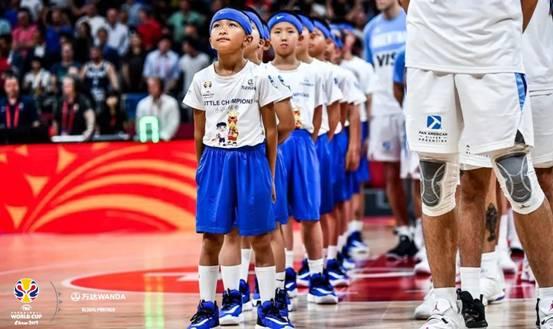 万达集团助力小冠军球童,中国少年圆梦篮球世界杯赛场