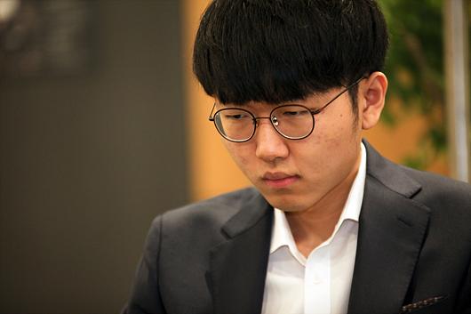 韩国围棋第一人申真谞