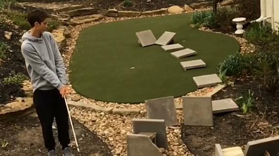 视频-花式高尔夫表演 15块石板反弹绝活