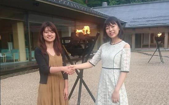 女流本因坊战首局 藤泽里菜逆转上野爱咲美拔头筹