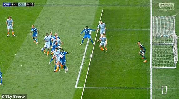 切尔西明显越位位置进球