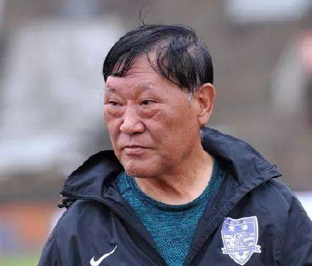 泰达队史首位教练:不败回甲A 和队中核心冲突