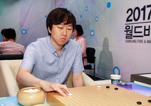 韩国棋手崔哲瀚