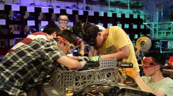 选手制作机器人