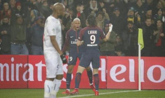 法甲-巴黎3-1胜9分领跑
