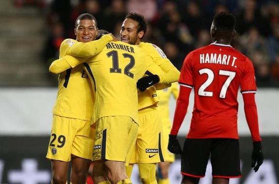 视频集锦-铁卫世界波姆巴佩染红 法联杯巴黎3-2胜
