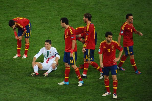 两队上次正式比赛交手是2012年欧洲杯
