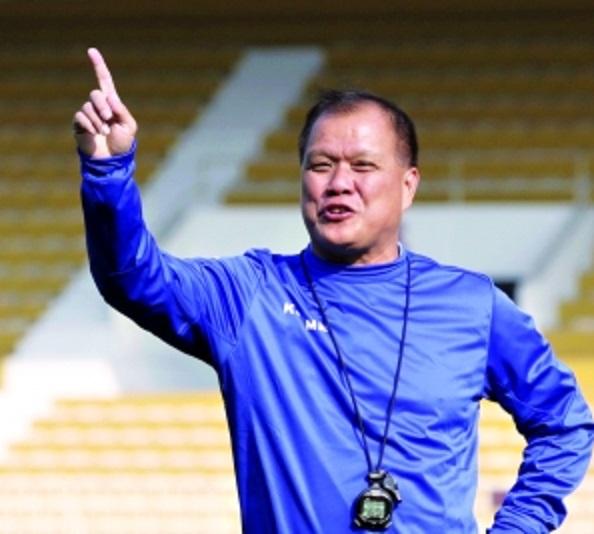 广东主帅谈省港杯:队员战意高涨 香港定位球有威胁