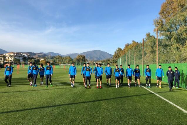 热身赛-特谢拉穆坎乔首发 苏宁0-2不敌德地区队
