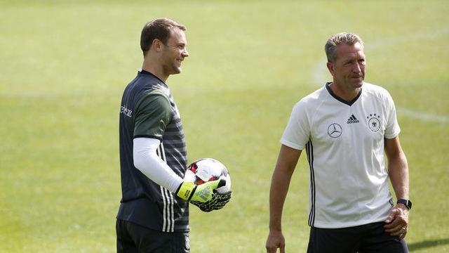 教练:诺伊尔仍是德国1号国门 世界杯他能出场