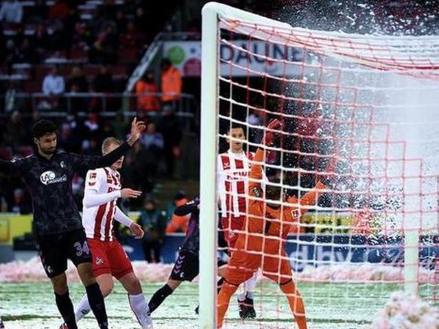 视频-德甲大戏!科隆3-0领先被弗赖堡连追4球补时绝杀