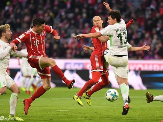 拜仁4-2逆转不莱梅