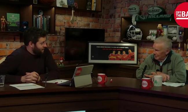 吉尔斯(右)认为孔蒂没有得到切尔西高层的支持